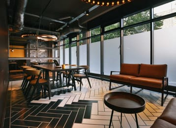 Alwyn-Court-Cardiff-Common-Lounge-Unilodgers