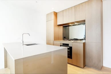 1808W-93-119-Kavanagh-Street-Southbank-Student-Accommodation-Melbourne-Kitchen-Unilodgers