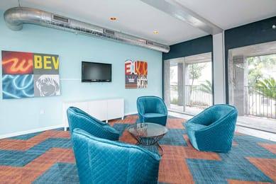 Star-Club-Apartments-San-Antonio-TX-Living-Area-Unilodgers