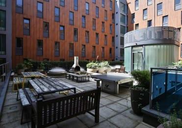iQ-Will-Wyatt-Court-London-Courtyard-Unilodgers
