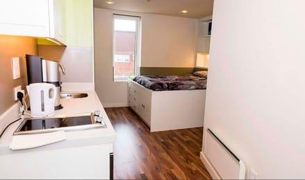 Quay-Point-Studios-Newcastle-Bedroom2-Unilodgers.jpg