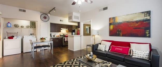 Gateway-At-Tempe-AZ-Living-Area-Unilodgers