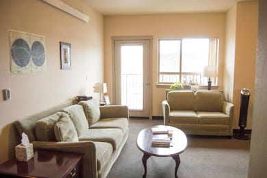 The-Pearl-Element-Communities-Eugene-OR-Living-room-1-Unilodgers1