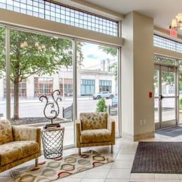 Seneca-Apartments-Columbus-OH-Lobby-Unilodgers