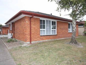 Unit-1/27-Elder-Street-Clarinda-Student-Accommodation-Melbourne-Exterior-Unilodgers