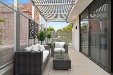 4-42-manningham-street-parkville-student-accommodation-Melbourne-Balcony-Unilodgers