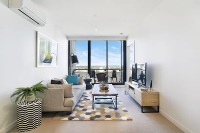 1206-45-clarke-street-southbank-student-accommodation-Melbourne-Living-Area-Unilodgers