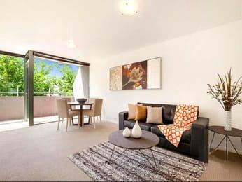 10-375-hoddle-street-collingwood-student-accommodation-Melbourne-Living-Area-Unilodgers