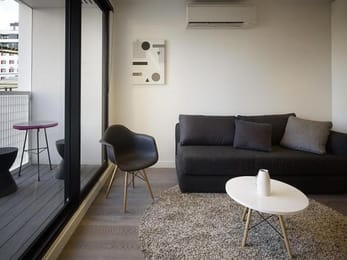 518-Swanston-Street-Carlton-Student-Accommodation-Melbourne-Living-Area-2-Unilodgers