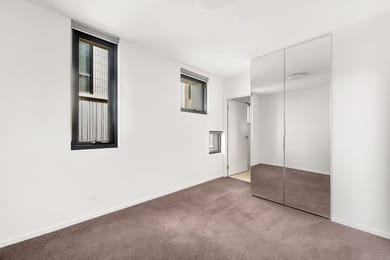 304N/515-545-Rathdowne-Street-Carlton-Student-Accommodation-Melbourne-Bedroom-3-Unilodgers
