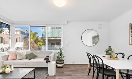 7-20-marine-parade-st-kilda-student-accommodation-Melbourne-Living-Unilodgers