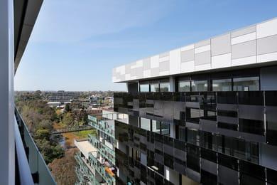 1112-20-shamrock-street-abbotsford-student-accommodation-Melbourne-Exterior-Unilodgers