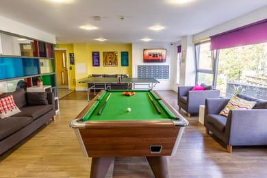 Kaplan-Living-Glasgow-Argyle-Street-Games-Room-Unilodgers