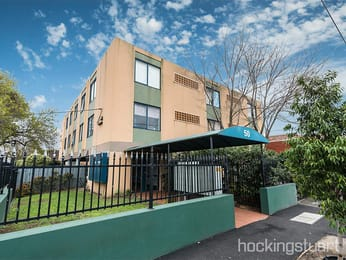 9-50-carlisle-street-st-kilda-student-friendly-accommodation-Melbourne-Unilodgers