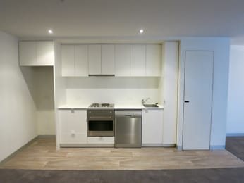 B202-19-pickles-street-port-melbourne-student-friendly-accommodation-Melbourne-Unilodgers