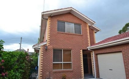 2-102-stewart-street-brunswick-student-friendly-accommodation-Melbourne-Unilodgers