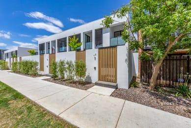 8-70-henty-street-braddon-student-friendly-accommodation-Canberra-Unilodgers