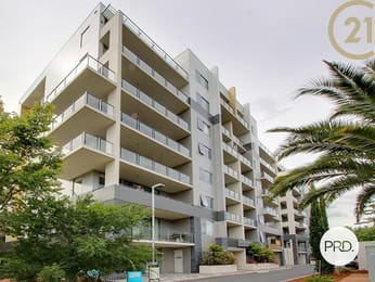 2-15-coranderrk-street-city-student-friendly-accommodation-Canberra-Unilodgers
