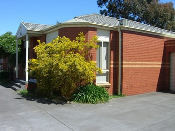 Unit-2-22-dennis-street-clayton-student-friendly-accommodation-Melbourne-Unilodgers