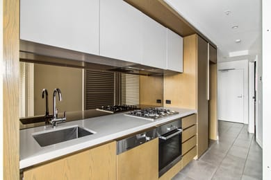 802-1-acacia-place-abbotsford-student-friendly-accommodation-Melbourne-Unilodgers