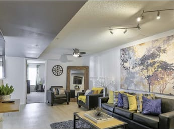 42 North-Tampa-FL-Living-Unilodgers