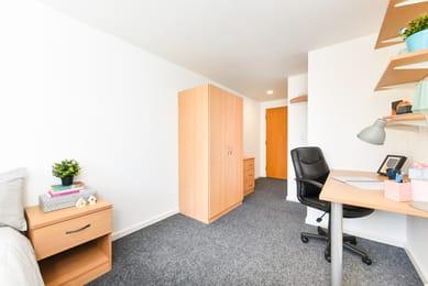 Huntsman-House-Sheffield-2-Bedroom-3-Unilodgers