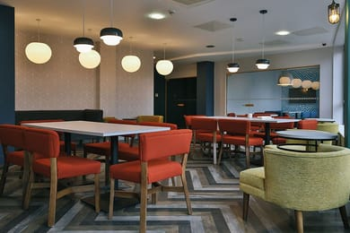 IQ-Grove-Edinburgh-Lounge-and-Social-space-Unilodgers