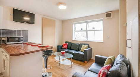 Oxney-House-Gardens-Manchester-Shared-Living-Area-Unilodgers