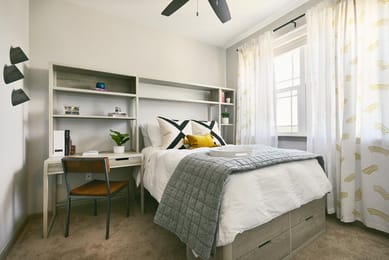 The-Avenue-Fayetteville-AR-Bedroom-Unilodgers