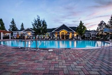 The-Highlands-Reno-NV-Swimming-Pool-Unilodgers