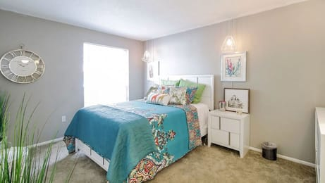 The-Hub-At-Tallahassee-Apartment-Homes-Tallahassee-FL-Bedroom-Unilodgers