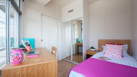 Unilodge-570-Swanston-Melbourne-Bedroom-Unilodgers