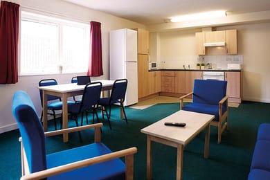 iQ-Aspley-House-Huddersfield-Bronze-En-Suite-Living-And-Kitchen-Area-Unilodgers
