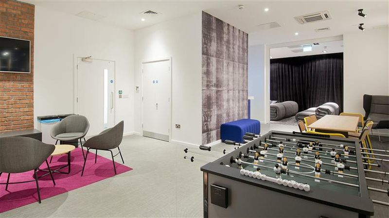 iQ-Bloomsbury-London-Games Area-Unilodges