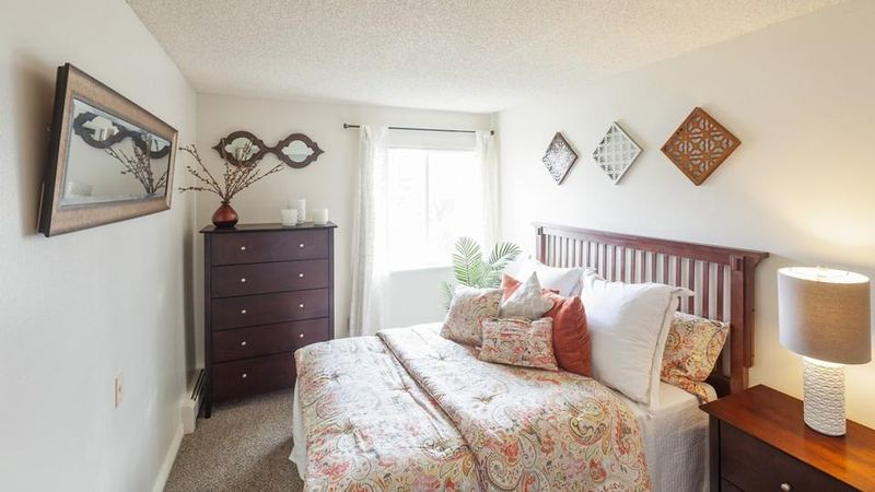 The-Social-At-Stadium-Walk-Fort-Collins-CO-Bedroom-Unilodgers