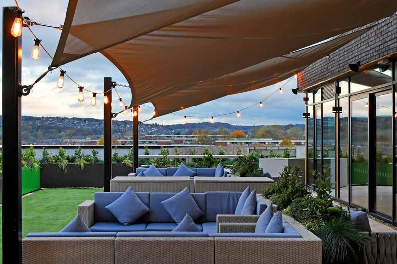 Liv-Sheffield-Rooftop-Area-Unilodgers.jpg