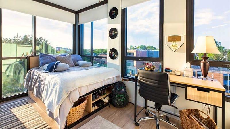 Hub-On-Campus-East-Lansing-MI-Bedroom-Unilodgers.jpg