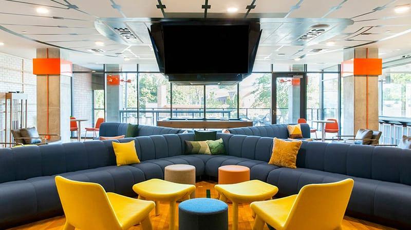 Hub-On-Campus-East-Lansing-MI-Lounge-Area-Unilodgers.jpg