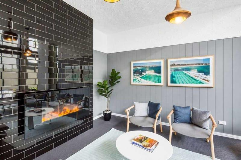 Atira-Merivale-Street-Brisbane-Living-2-Table-Unilodgers