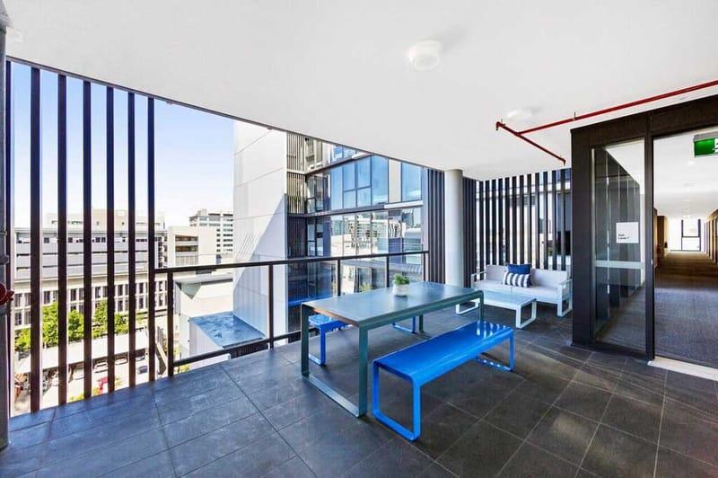 Atira-Merivale-Street-Brisbane-Living-Unilodgers