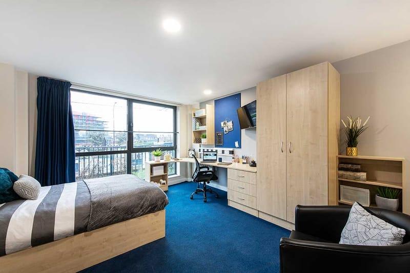 Sheffield-3-Sheffield-Bedroom-6-Unilodgers