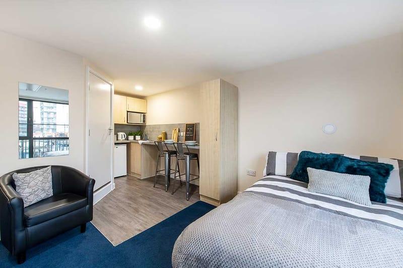 Sheffield-3-Sheffield-Bedroom-7-Unilodgers