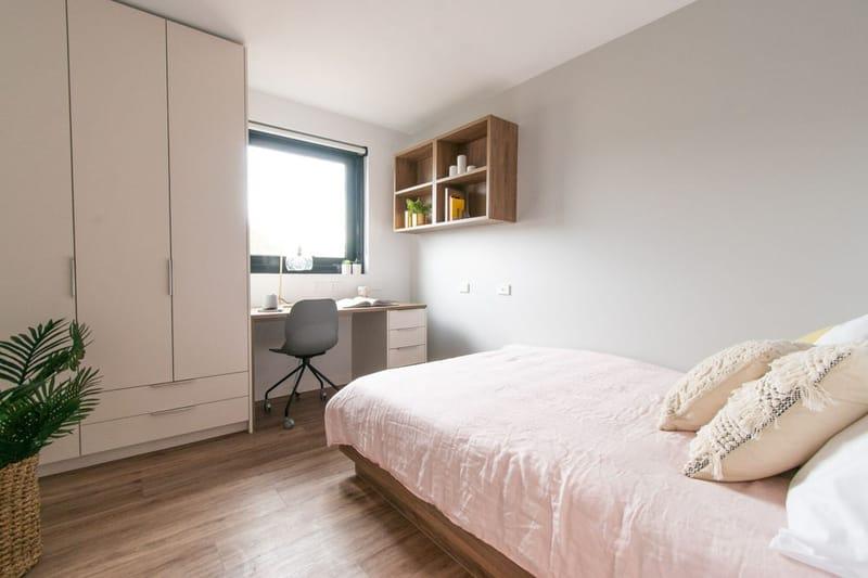 Park-Avenue-Parkville-Melbourne-Bedroom-2-Unilodgers