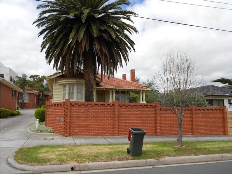 Unit-5-76-Madeleine-Road-Clayton-Student-Accommodation-Melbourne-Exterior-2-Unilodgers