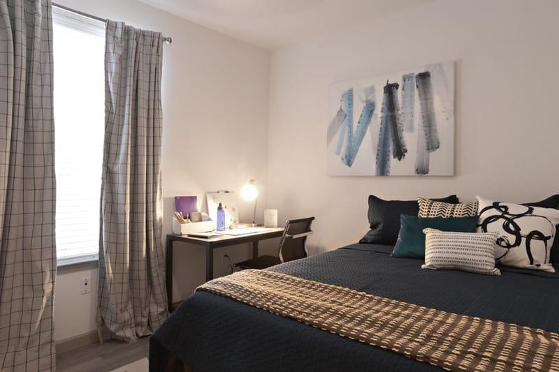 Liv-Arlington-TX-Bedroom-6-Unilodgers