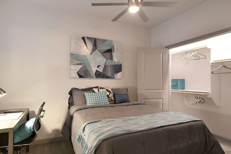 Liv-Arlington-TX-Bedroom-8-Unilodgers