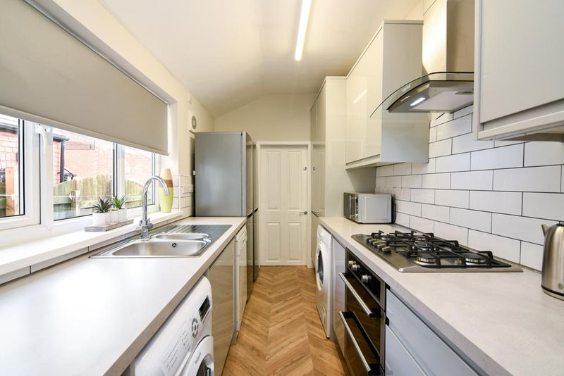 Turney-Street-Nottingham-Kitchen-Unilodgers
