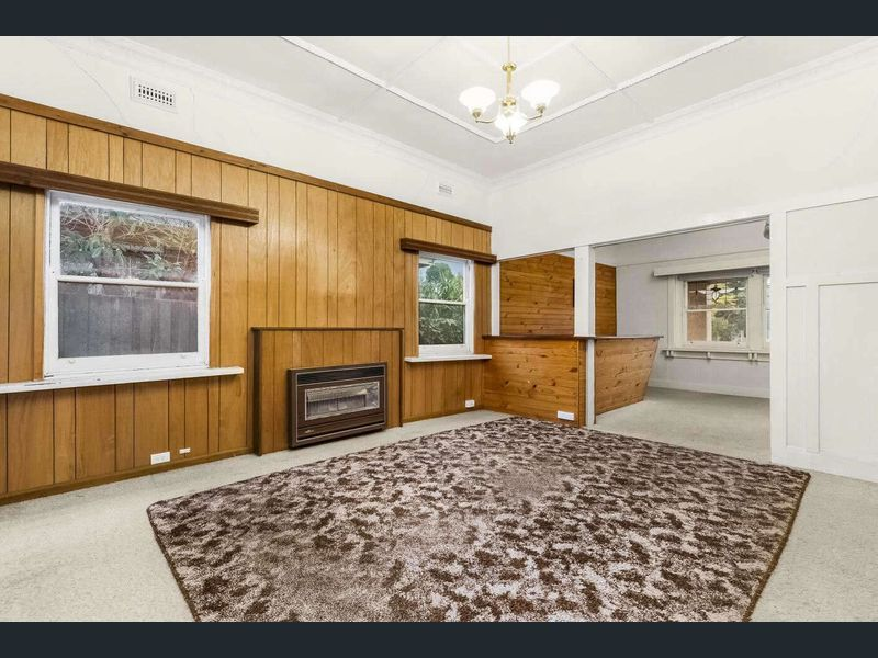 20-Graham-Place-Box-Hill-Student-Accommodation-Melbourne-Living-Area-Unilodgers