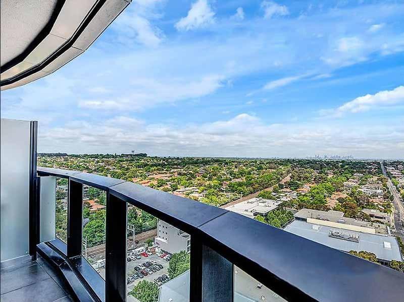1601-850-Whitehorse-Road-Box-Hill-Student-Accommodation-Melbourne-Balcony-Unilodgers