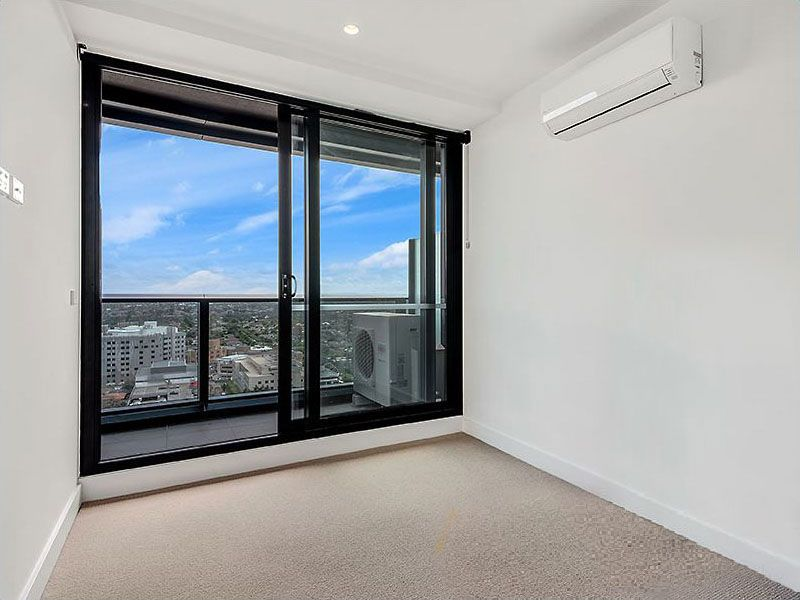 1601-850-Whitehorse-Road-Box-Hill-Student-Accommodation-Melbourne-Bedroom-Unilodgers